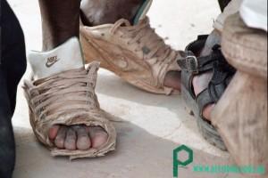 Африканцы до сих пор ходят в кроссовках Nike от Trouble Shooter